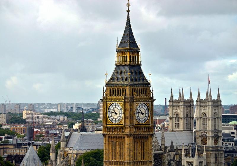 Палата Лордов призывает к обязательной регистрации всех гражданских коптеров